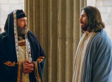 Didžioji Velykų savaitė. Antradienis - Jėzus mėginamas šventykloje religinių grupių ir lyderių