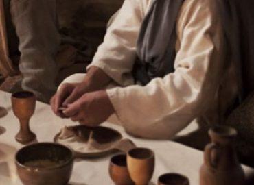 Didysis Velykų ketvirtadienis. Paskutinioji Vakarienė - Kristus - Naujosios sandoros ir meilės tarnystė Viešpats